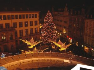 Wiesbaden-Twinkling-Start-Christmas-Market1